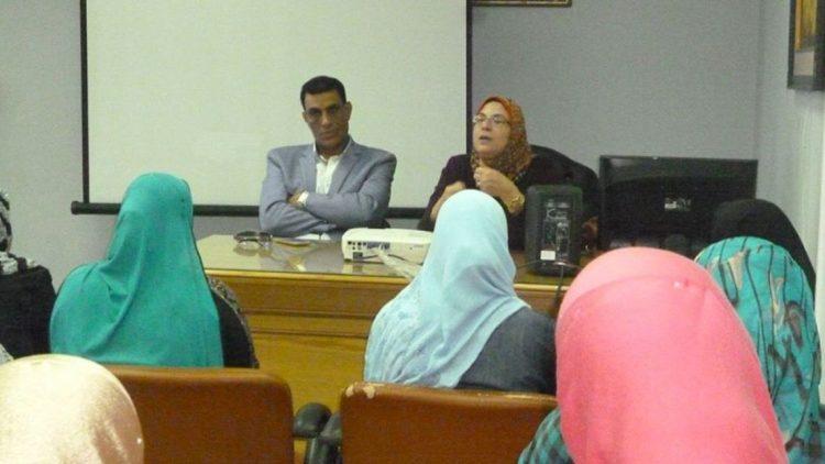 """ندوة عن """"الصحة الإنجابية"""" في حوار مفتوح مع الدكتورة عايدة عطية"""